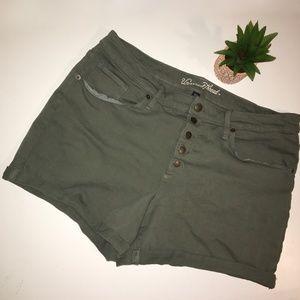 UNIVERSAL THREAD Button High Rise Denim Shorts 16